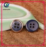 Высокосортная кнопка способа кнопки рубашки пальто костюма смолаы