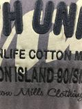 T-shirt para homens com bordado dianteiro
