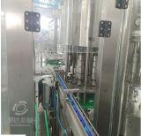 Las botellas de PET de llenado de lavado con agua potable de la máquina de sellado