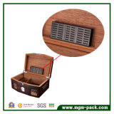 Hot Sale Wooden Retro with Hygrometer Cigar box