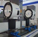 El CNC asienta el estante Center-Pyb-2W que trabaja a máquina que muele