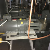 AC駆動機構制御を用いる低圧PUの注ぐ機械