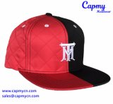 Custom стеганых матрасов материала с Snapback Red Hat на заводе