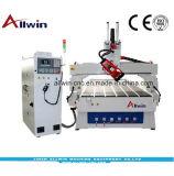 1325, 1530 -4 ATC de l'axe CNC Router constructeur de la machine