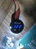 Car Boatのための防水12V-24V Voltmeter Blue Display