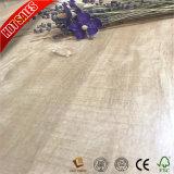 擦れる手を搭載する安い価格新しいカラーイスタンブールの積層のフロアーリング