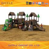 De nieuwe Natuurlijke Apparatuur van de Speelplaats van de Kinderen van de Reeks van het Landschap Openlucht (NL-01901)