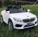 Sicherheits-Sicherheitsgurt-Kind-Fahrt auf Auto-Baby-Auto