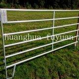 Горячий окунутый гальванизированный сверхмощный строб загородки фермы панели загородки поголовья для скотин