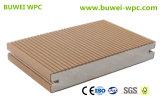 Decking en plastique en bois du composé WPC pour le chevalet de stationnement