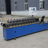 Geórgia personalizou a máquina do edifício com a quilha que faz a máquina que dá forma à máquina