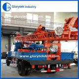 Il camion di Gliia ha montato l'impianto di perforazione di trivello usato per i pozzi d'acqua