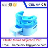 プラスチック鋳造物、プラスチック型