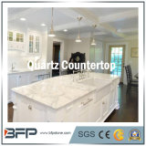 磨かれた表面が付いている台所カウンタートップのための人工的な石造りの白い水晶
