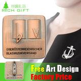 工場販売のための卸売によってカスタマイズされる磁気Pinボタンのバッジ