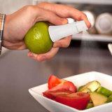 Миниый творческий белый спрейер стикера цитруса фруктового сока спрейера лимона устройств кухни Juicer сока инструмента кухни