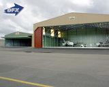 鉄骨構造の航空機の格納庫または飛行機の格納庫かプレハブの格納庫