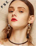 Cusotm 형식은 보석 Handmade 결정 술 긴 거는 귀걸이를 디자인한다