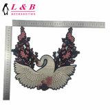 По-разному виды Beaded заплаты крыла вышивки Sequins
