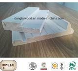 Modanatura di legno di portello dell'intelaiatura impermeabile su ordinazione dello stipite