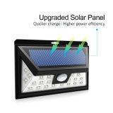 Montaje en la linterna recargable accionada solar del jardín de la pared