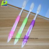 Los productos de limpieza de lengua Hot-Selling barato Proveedor Cepillo de dientes adultos