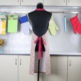 Küche-Schellfisch-Schutzblech der neuen netten Weinlese-Plaid-Frauen mit Tasche