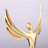 高品質! 金翼の金属のトロフィの水晶トロフィの記念品