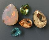 Os grânulos de cristal Opal da água de Rosa para a jóia, roupa Wedding, têm garras