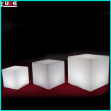 Big Cube Table Table de verre en verre LED Furnishing LED Light Up Cube Table