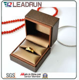 Rectángulo de regalo de cuero del embalaje de la joyería del rectángulo de almacenaje de la joyería de la PU para los pendientes de los anillos dobles del anillo (YS378A)
