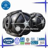 Neumática defensa marina con alta energía y capacidad de reacción
