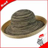 Mistura de cor que orla o chapéu flexível