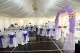 Belle petite tente blanche de mariage