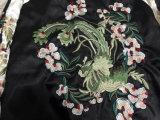 Весна 2018 и осенняя куртка женщин с вышивкой цветка