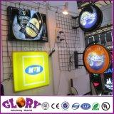 Bekanntmachen des LED geleuchteten Acrylgesichts-Firmenzeichen gedruckten im Freienspeicher-Zeichens