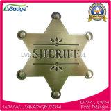 hecho personalizado insignia del Sheriff de metal dorado