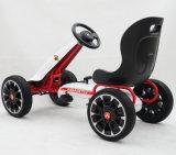 Abarth genehmigte Kinder, die Pedal Kart gehen