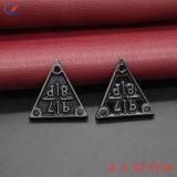 Impressão em relevo de metal personalizado rótulos principal para o vestuário com preço barato