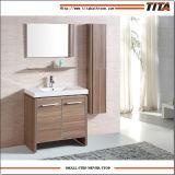 Ванная комната шкафа мебели тщеты ванной комнаты гостиницы самомоднейшая