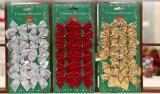 O Glitter de prata Ornaments - as árvores de prata, os flocos de neve de prata e os sinais de prata do Feliz Natal - sacos da faca do Natal do gancho das decorações do Natal