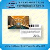 4cオフセットのプラスチックカードPrinting/PVCのバーコードのカードをカスタマイズしなさい