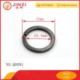 Anello chiave di modo nero di alta qualità con il marchio inciso