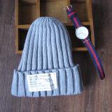 Шлем зимы легкий основной связанный