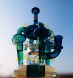 ガラスの煙る配水管のまっすぐな管水Shishaの水ぎせるの黒の蜜蜂の巣のPercの管