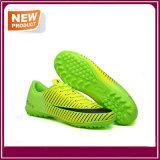 O futebol novo dos homens da forma calç sapatas dos esportes para a venda