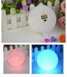 Luz recarregável RGB5050 da esfera do diodo emissor de luz do jardim da Esfera-Forma clara do disco