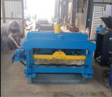 Le mattonelle di tetto d'acciaio di punto laminato a freddo la formazione della macchina