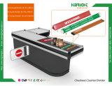 Supermarkt-Prüfungs-Kostenzähler-Zeile Teiler und Stäbe