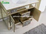 De de gouden Woonkamer/Slaapkamer van het Ontwerp van de Luxe van de Verf een Reeks van Spiegel en Weerspiegeld Kabinet